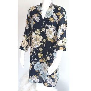 H&M floral v-neck longsleeve dress